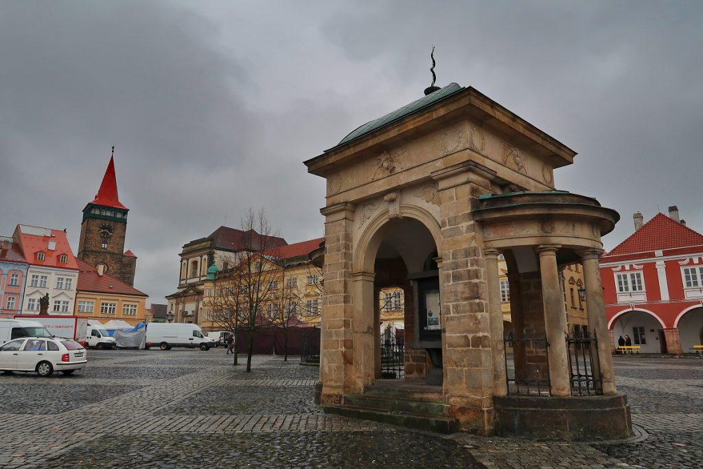 Náměstí Jičín NALEHKO