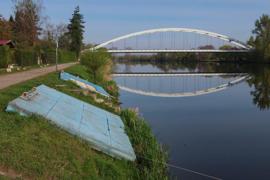 Poutní cesta Blaník - Říp - Labe most