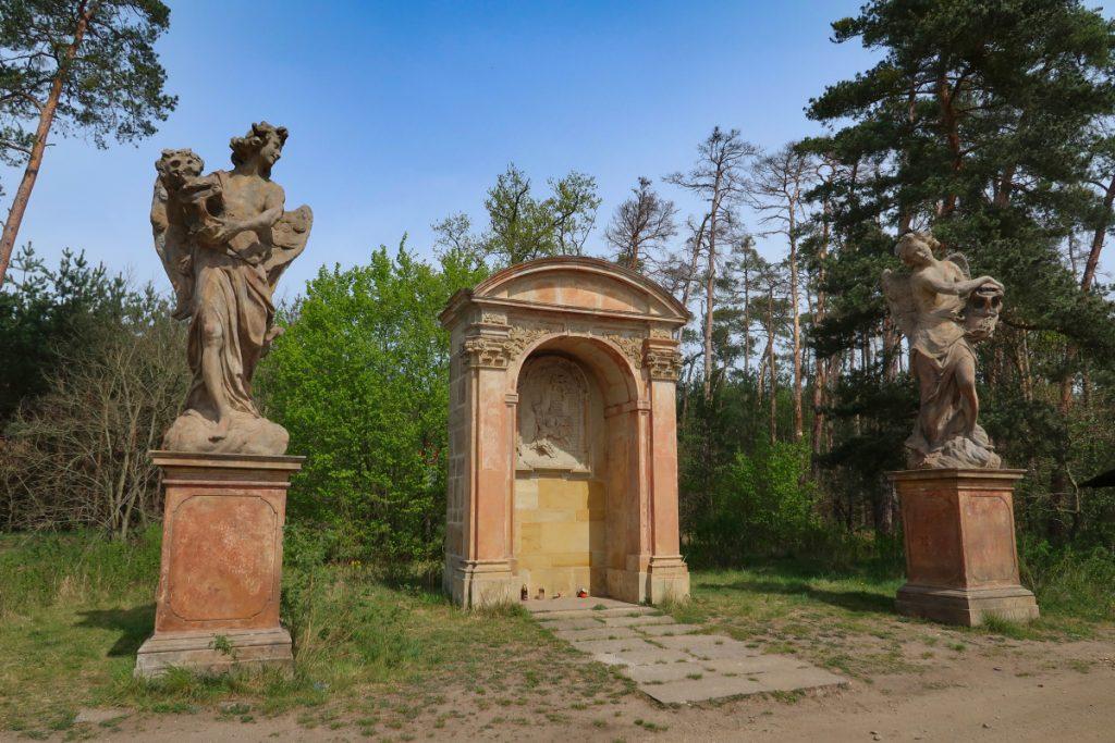 Poutní cesta Blaník - Říp kaple sv. Václava