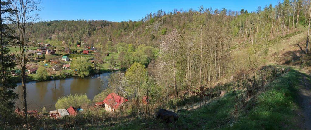 Poutní cesta Blaník - Říp pohled na Sázavu