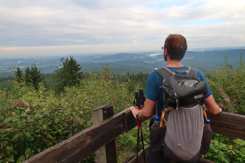 Modrá hřebenovka Auersberg výhled