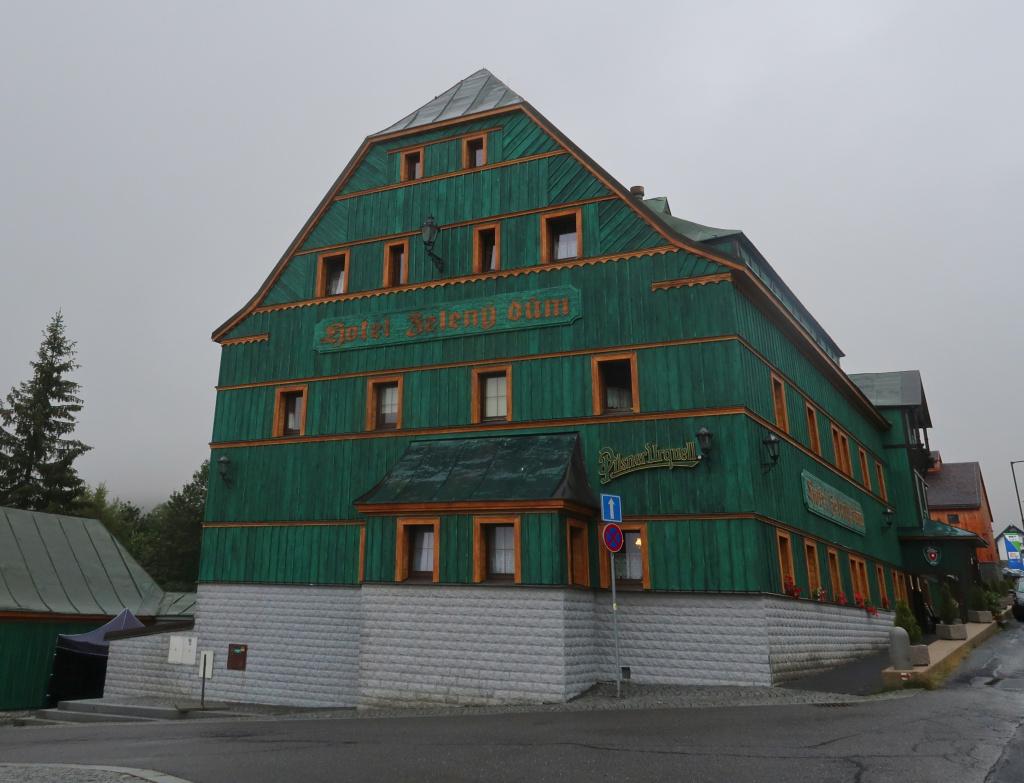 Modrá hřebenovka Boží Dar Zelený Dům
